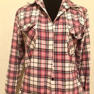Tops - Super Cute flannel Top